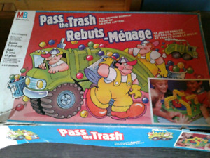 Pass the trash board game