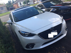 2014 Mazda3 GT-SKYACT - Technology Package - FULLY LOADED!!