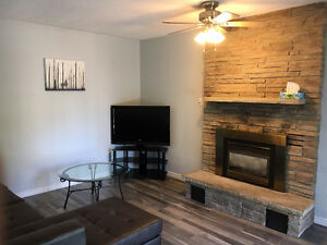 Luxury ALL INCLUSIVE Rental- Starting May 2017- 5 bdrms & 4Baths London Ontario image 3