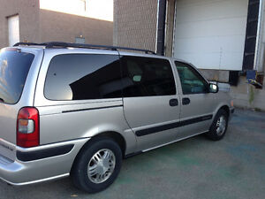 2005 Chevrolet Venture Minivan, 8 passenger