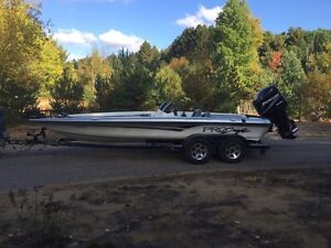 2003 pro craft bass boat- amazing condition!!