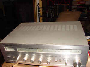 Yamaha CR-220 Natural Sound Stereo Receiver Strathcona County Edmonton Area image 2
