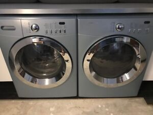 Frigidaire Affinity Washer and Dryer (Washer needs new bellow)
