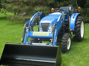 New Holland Boomer 30 Tractor