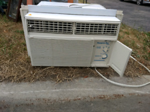 Window Air Conditioner AC Unit