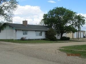 48 2nd Ave. E., Lafleche