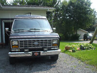 1985 Ford E150 semi campeur