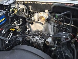 Ford F-150 4.6L V8 engine + transmission