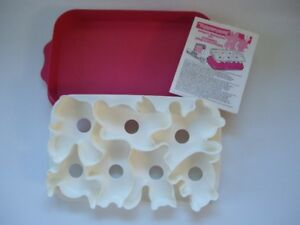 Tupperware Jello Mould  Cookie cutter
