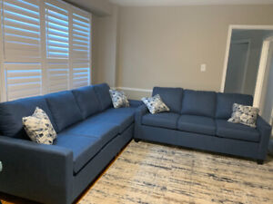 Brand new Beautiful Comfortable Blue Couch for Sale!