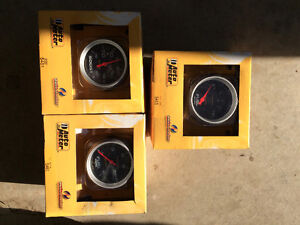 Auto Meter Gauges- brand new, Boost, fuel level & fuel pressure Comox / Courtenay / Cumberland Comox Valley Area image 1