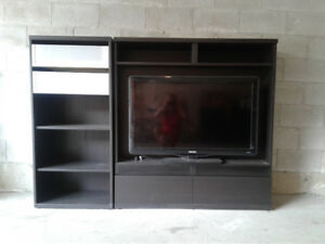 Elegant Black/ Brown TV stand/ Entertainment centre