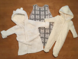 Bath Robe \ Sleep Sack \ Snowsuit *0-6 Months* (like new)