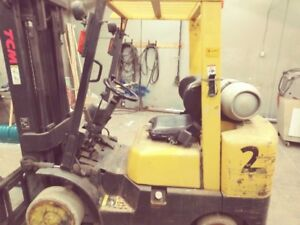 TCM 2002 Fork Lift With side shift and 8' Extensions 4500hrs