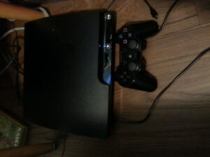 320gb Ps3, 6 games, 2 controllers