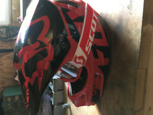 FOX racing dirt bike/motor cross helmet