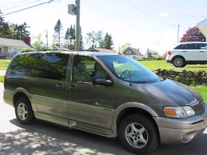 2003 Pontiac Montana GT Minivan, Wheelchair accessible