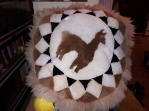 Round rug or decorative wall hanging
