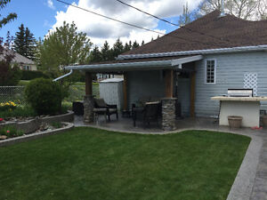 Single Family Home in Crowsnest Pass!!! 2401 210 st Bellevue, AB