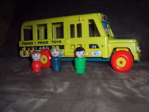 Fisher Price Little People #192 school bus vintage wooden toy West Island Greater Montréal image 1