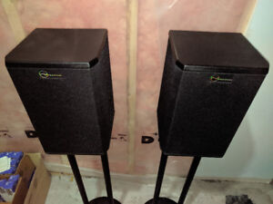 BRAND NEW SPEAKERS FOR SALE!!