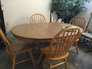 Dining Room Solid Oak Table and  4 Chairs
