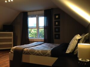 SEPT 1ST:HUGE,PRIVATE FURNISHED ROOM!ALL INCLUSIVE STEPS TO DAL!