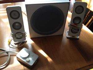 RELIABLE SPEAKER SYSTEM FOR SALE