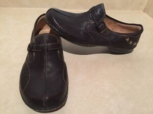 Women's Naturalizer N5 Comfort Leather Slip-On Shoes Size 11 London Ontario image 2