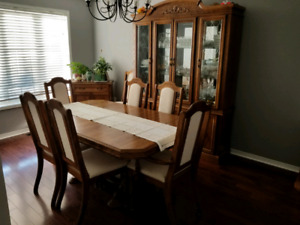 (9 piece) Dining set | seats 6 (8-10 comfortably with extension)