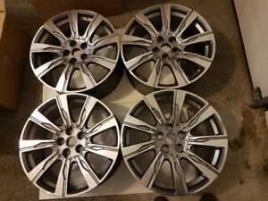 ROUES (4)  NEUVES 20 POUCES CADILLAC XT4 NEW 20 INCHES WHEELS (4