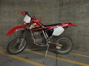 Honda XR350 and 2001 XR400R dirtbike... ***REDUCED
