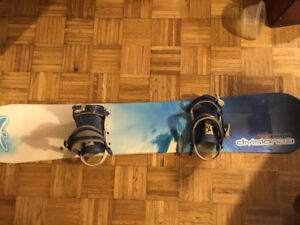5ft snowboard with size 9 women's Burton boots and carrying bag