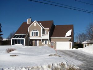 GREAT 4 BRM HOUSE IN GRAND FALLS