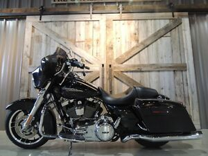 2013 Harley-Davidson FLHX - Street Glide Peterborough Peterborough Area image 5