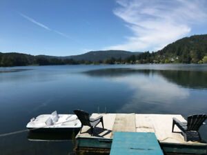 Fully Furnished 2 Bedroom Lake Front suite on Langford Lake