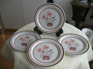 FOUR ATTRACTIVE COUNTRYSIDE STONWARE SIDE PLATES..[6 1/2 in, ]
