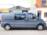 LOW MILEAGE! Renault Trafic LWB 2.0dCi sport 6 seat factory fitted Crew Van (20)
