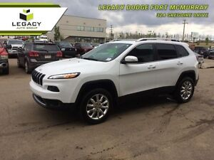 2015 Jeep Cherokee Limited  - Leather Seats -  Bluetooth - Low M