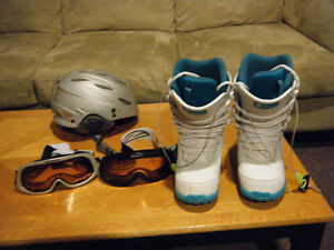 Snowboard Boots - Ladies size 7