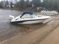 2004 18 SILVERLINE BOWRIDER - 115HP EVINRUDE FICHT DIRECT INJECT