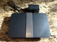 Linksys E4200 Router by Cisco