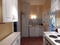 Beautifully Maintained Two Bed. Near Downtown Avail. Sept. 1st!!