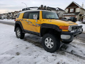 REPRICED Lifted 2007 Toyota FJ Cruiser on 35x12.50r17 Tires