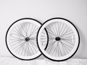 99$ Vente ROUES  700  fixie / single speed / fixed gear