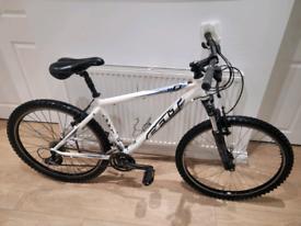 Felt q200 mountain bike in good working condition