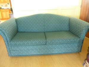 Solid couch/pull out double bed