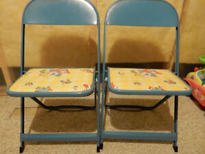 Folding chairs - Raggedy Ann and Andy
