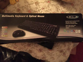 Keyboard and mouse in packaging