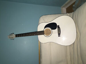 Denver Olympic white acoustic with case